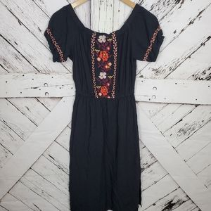 Old Navy Embroider Floral Dress XS